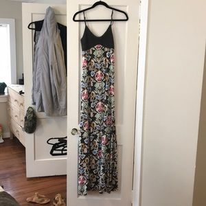 Dresses & Skirts - Long floral maxi